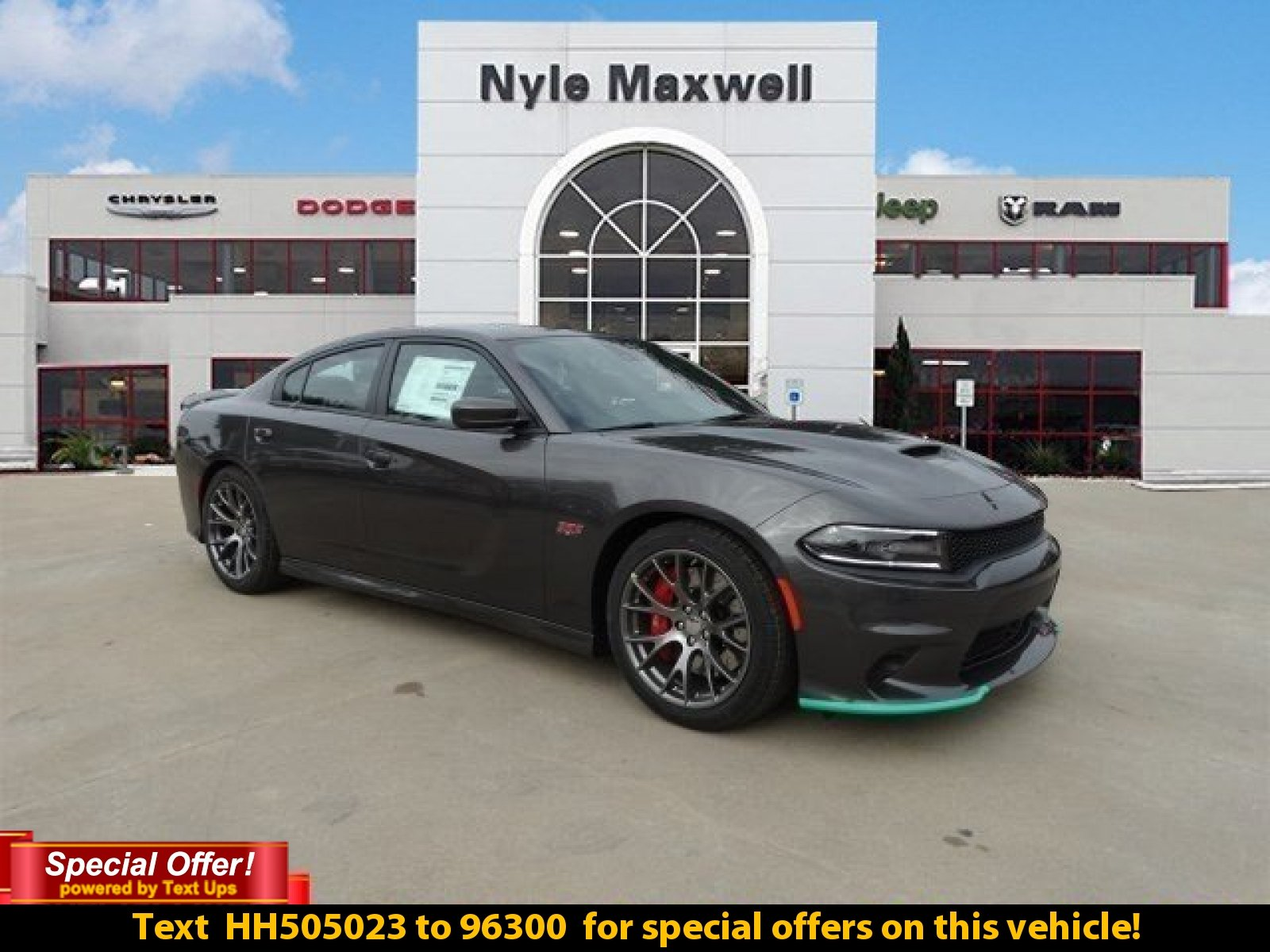 new 2017 dodge charger srt 392 sedan in austin hh505023 nyle maxwell chrysler dodge jeep ram. Black Bedroom Furniture Sets. Home Design Ideas