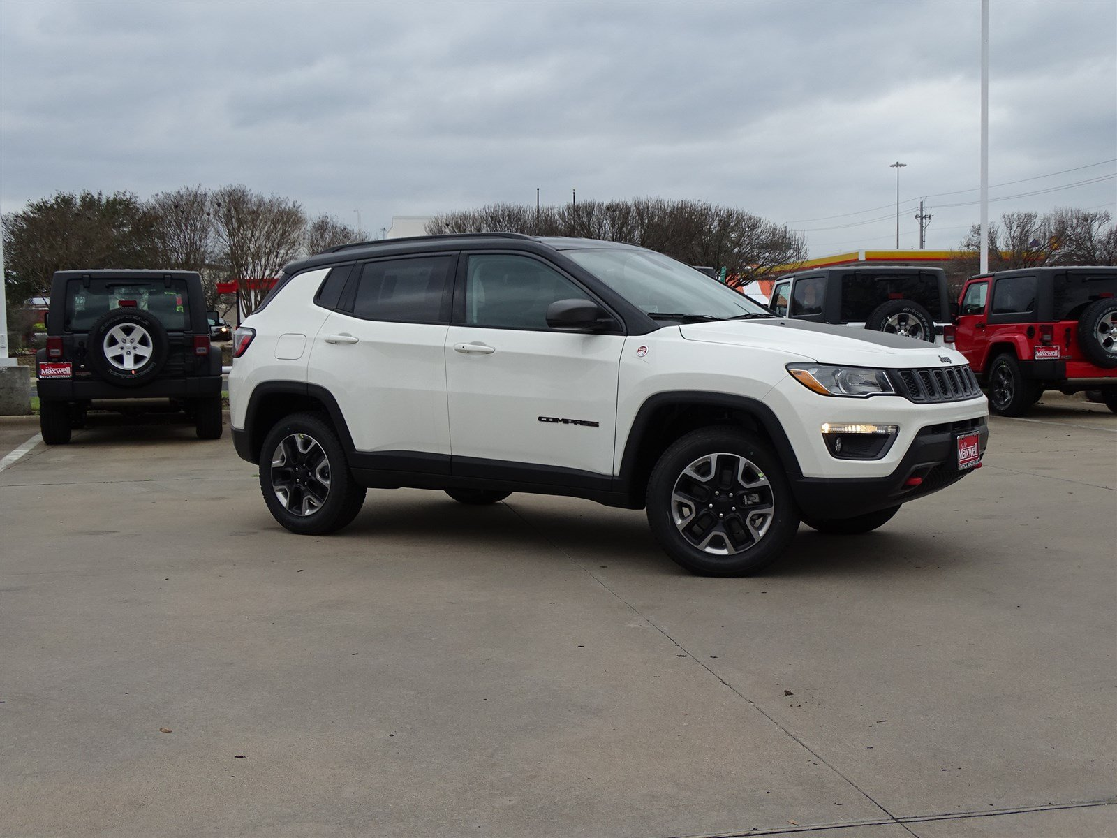 New 2018 Jeep pass Trailhawk 4D Sport Utility in Austin JT